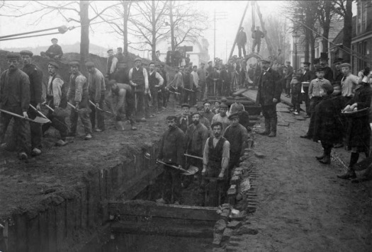 Dutch workers, City of Hilversum, 1932